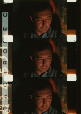 Gregory Markopulous: Galaxie (1966) Jasper Johns in Galaxie (Gregory Markopoulos, 1966) Blow-up from 16mm film strip (C) Temenos Verein 2003